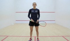 Backhand drop shot test: Laura Massaro