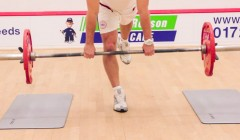 Single leg straight leg deadlift